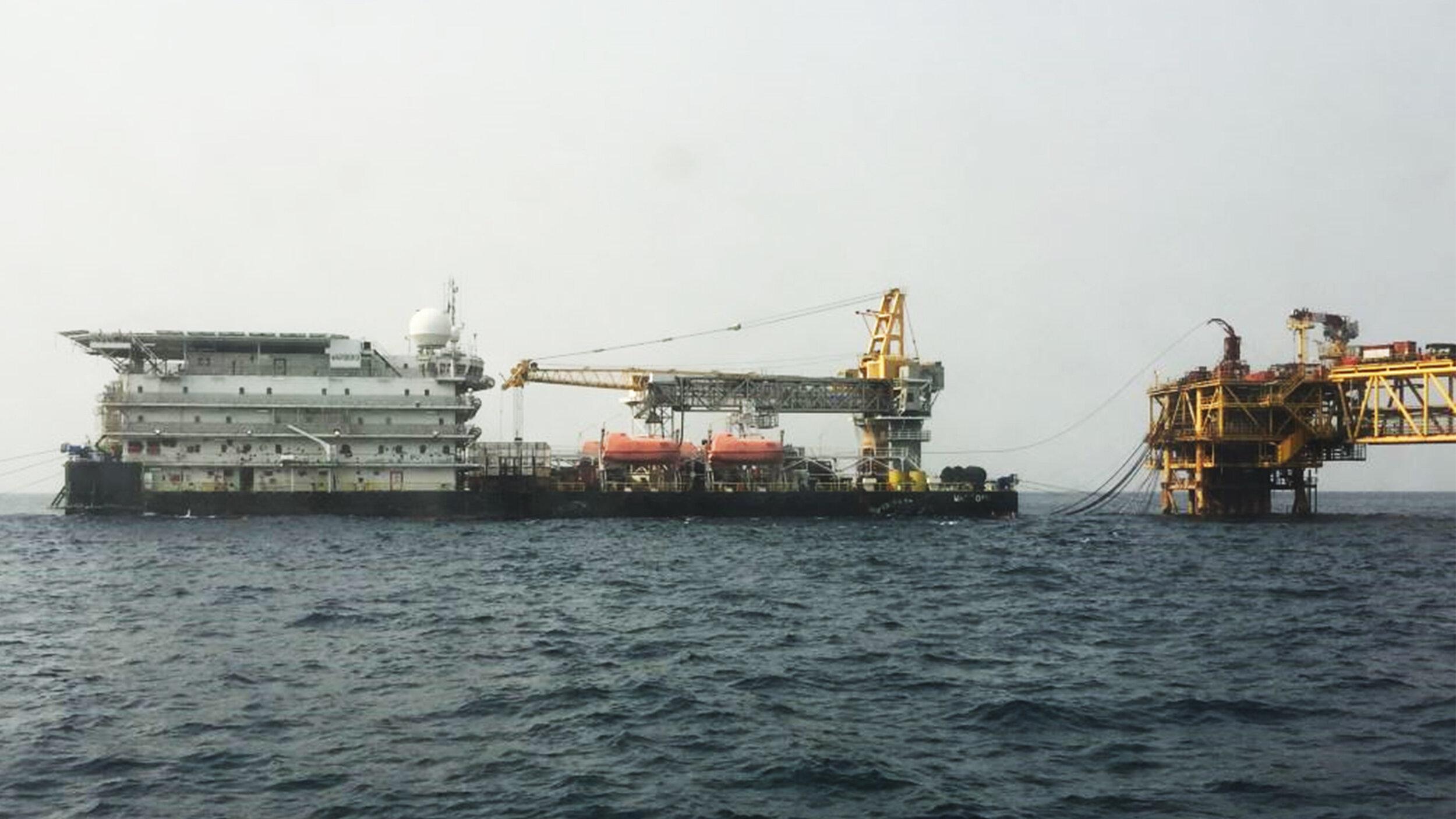 接触网连续油管作业