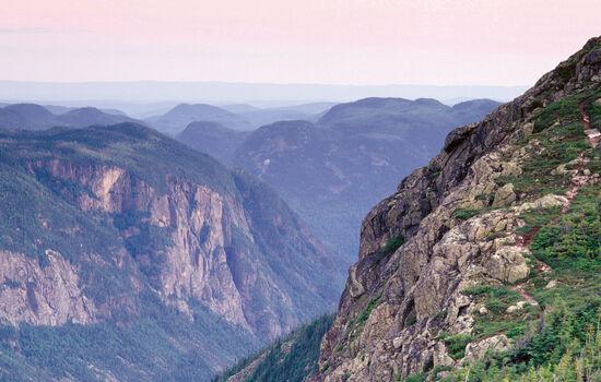 Visit Hautes-Gorges-de-la- Rivière-Malbaie National Park