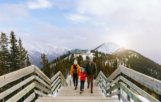 Discover a winter paradise on your Canadian Rockies winter getaway