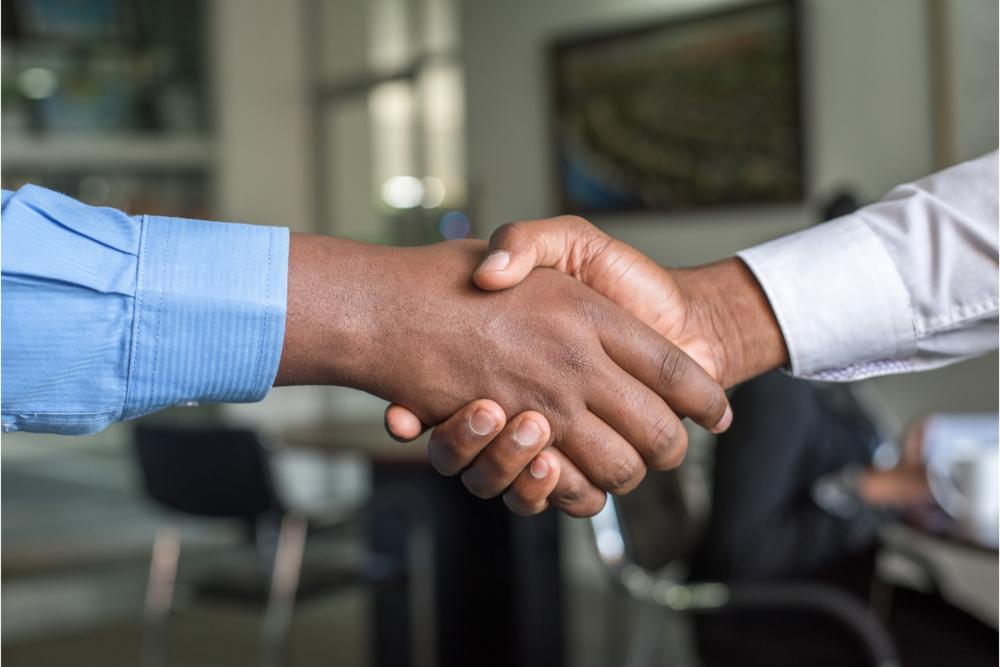 1110x740Recruiting-handshake