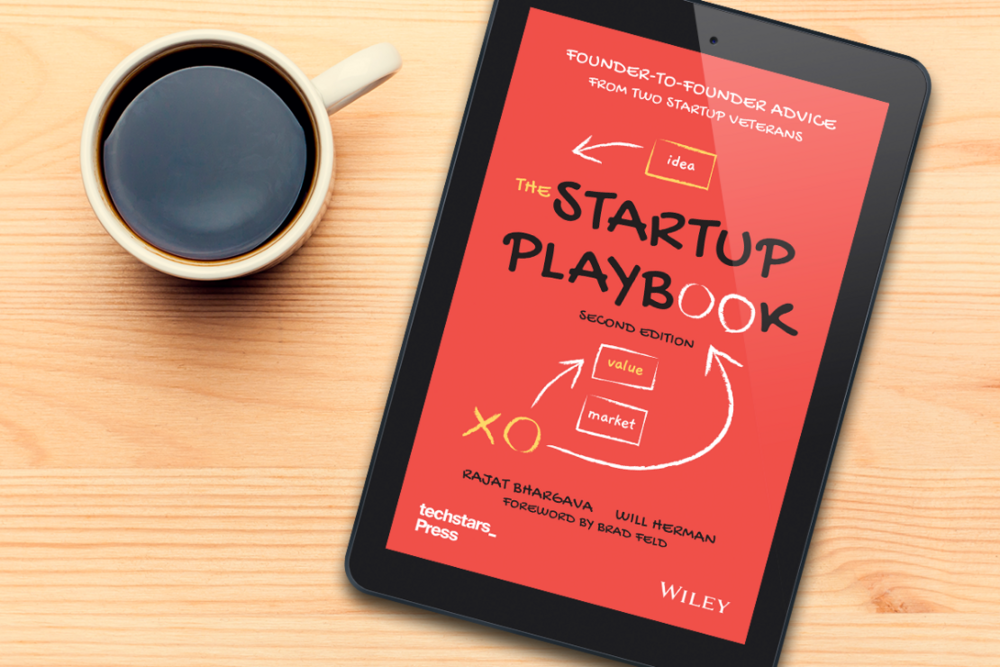 1110x740Startup-Playbook-with-coffee