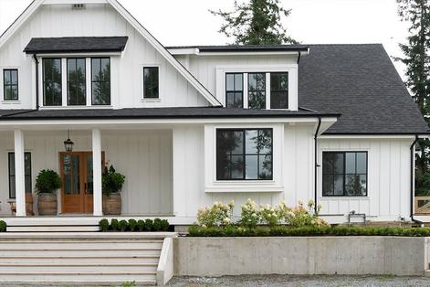 Farmhouse architectural style
