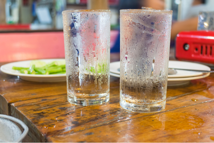 Condensation on water glasses