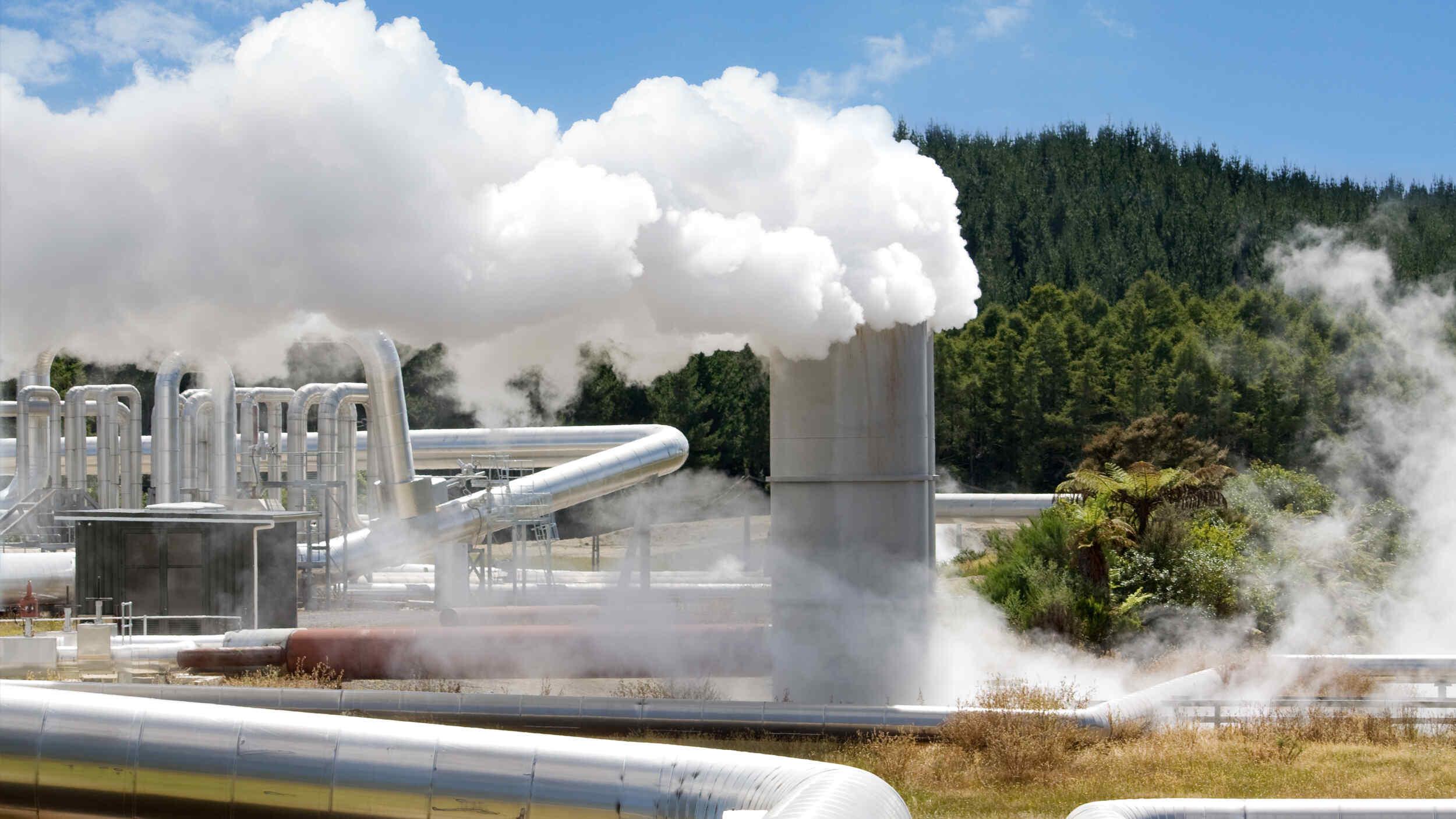 高效地热潜水泵,钻孔和地面泵