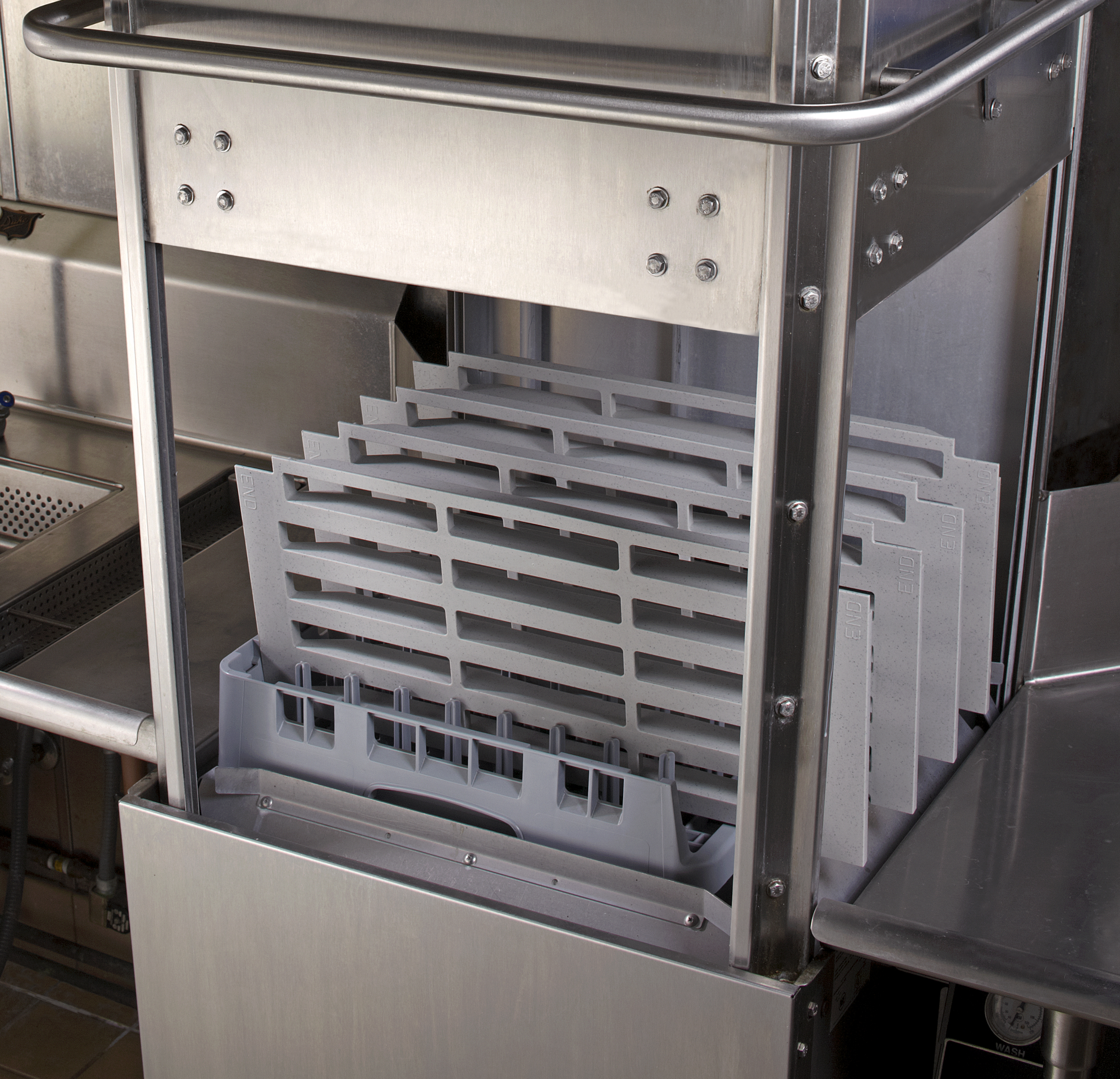 Open-ended Camrack® for Washing Shelf Plates
