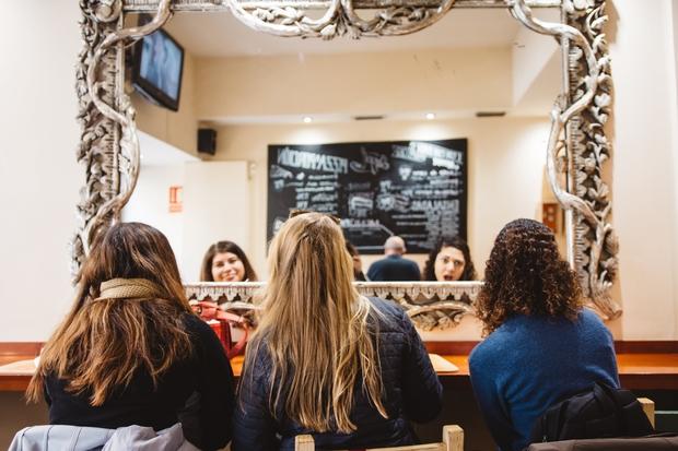girls friends hair food abroad spain scarf mirror restaurant