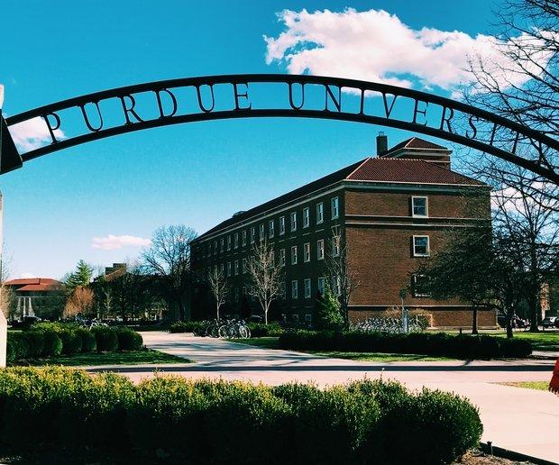 Purdue Sign Sunshine Buildings College.Jpg