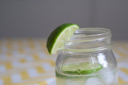 The Lalamason Jar With Slice Of Lime