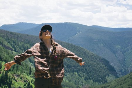 Cameron Smith-Girl Smile Happy Colorado Travel Mountains Hiking Trees