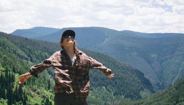 Cameron Smith-Girl Smile Happy Colorado Travel Mountains Hiking Trees