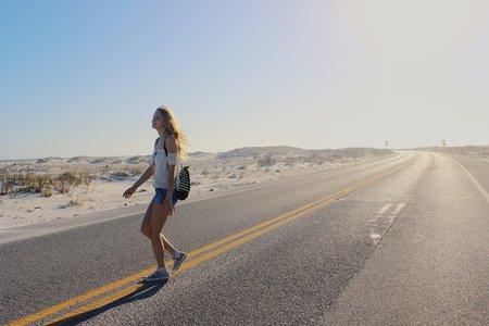 Anna Schultz-Girl On Road Wunderlust 2