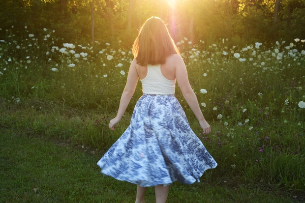 Girl In Porcelain Print Skirt In Feild 5
