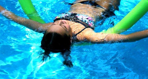 Kellyn Simpkin-Noodle Swimming Pool