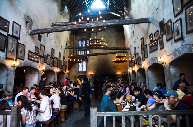 Harry Potter World Leaky Cauldron