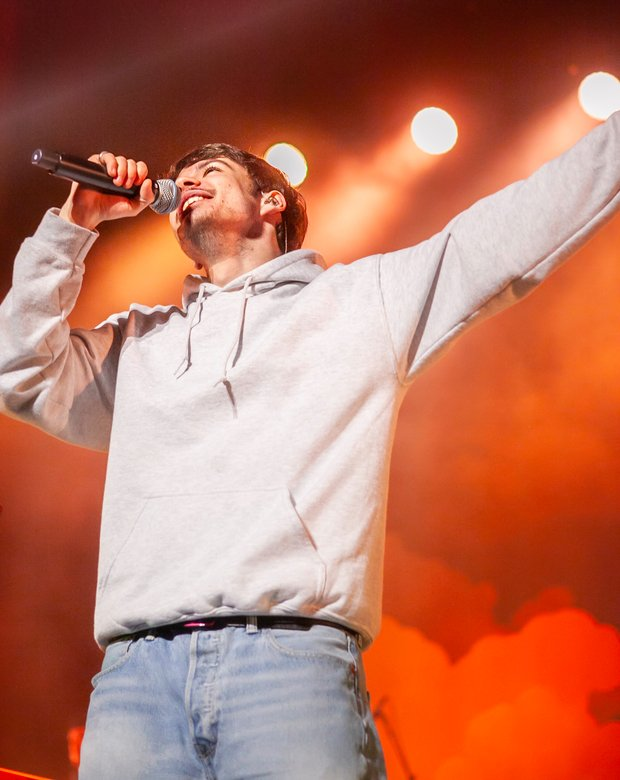 Concert photography of Rex Orange County