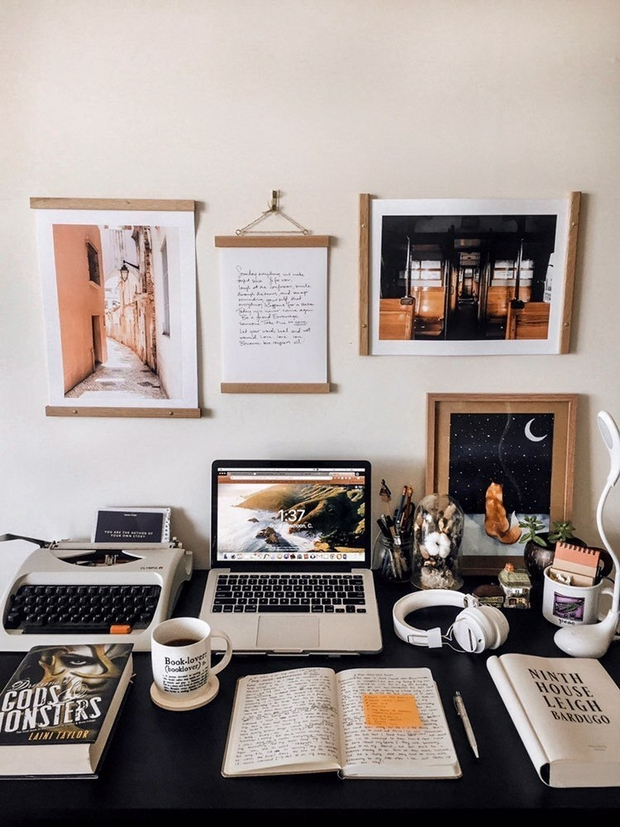 Cath's photo of desk with various aesthetic items