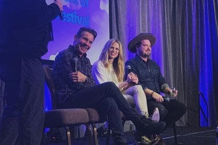 Dennis Quaid, Scarlett Burke, and Jingle Jared Gutstadt at the Brand Storytelling conference