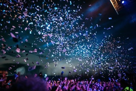 Concert with confetti