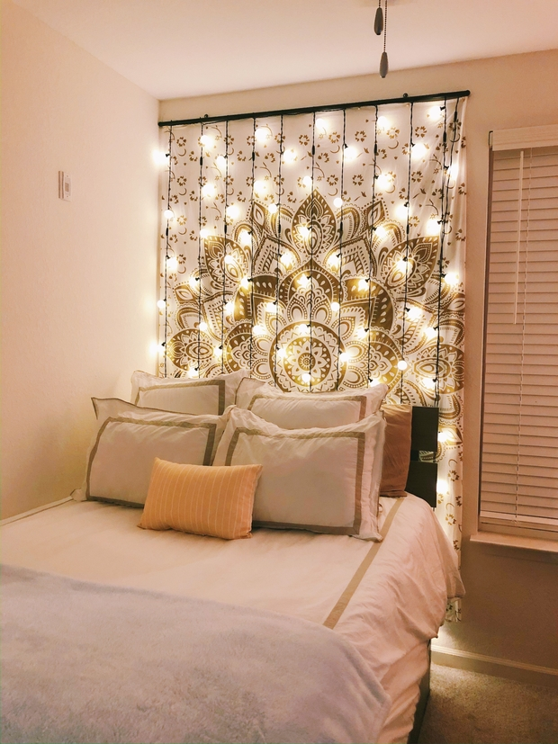 Room with lights