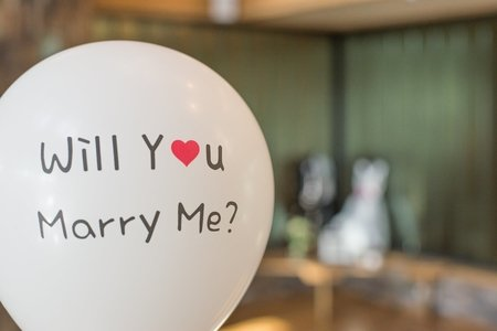 will you marry me sign with a heart