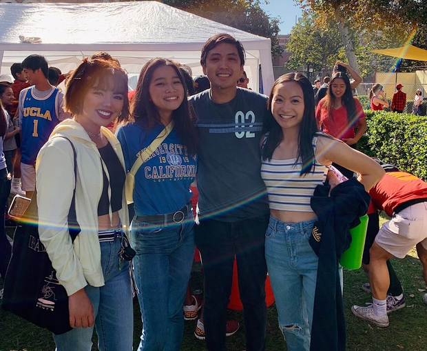 friends at tailgate