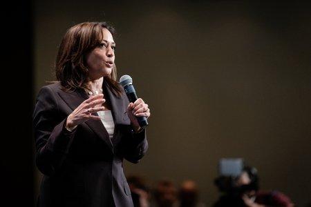 Kamala Harris speaking at the 2019 Iowa Democrats Hall of Fame Celebration