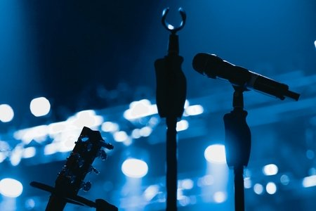 wireless microphones with blue lights