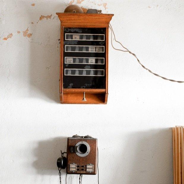 Vintage Brown Wooden Crank Clock