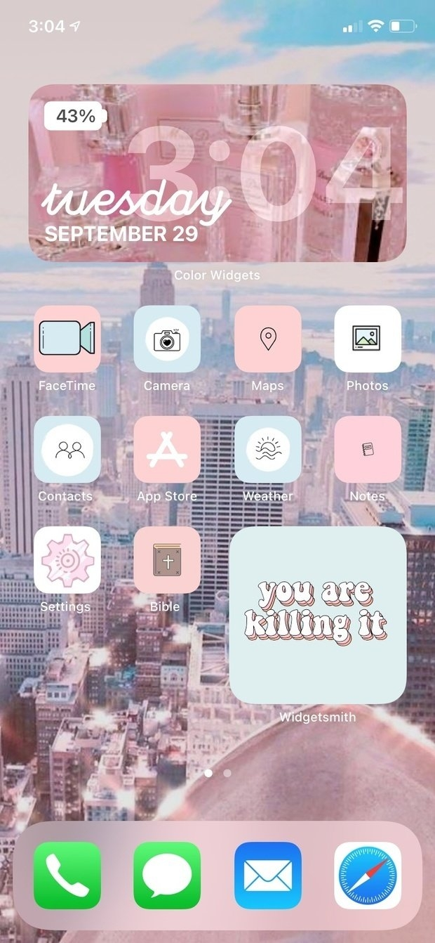 Guide To Ios 14 How To Make Your Dream Home Screen Her Campus