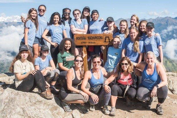 wellfit girls Machu Picchu