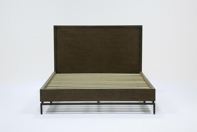 Haynes Eastern King Platform Bed - 360