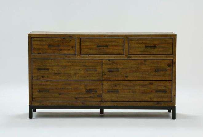 Foundry Dresser - 360